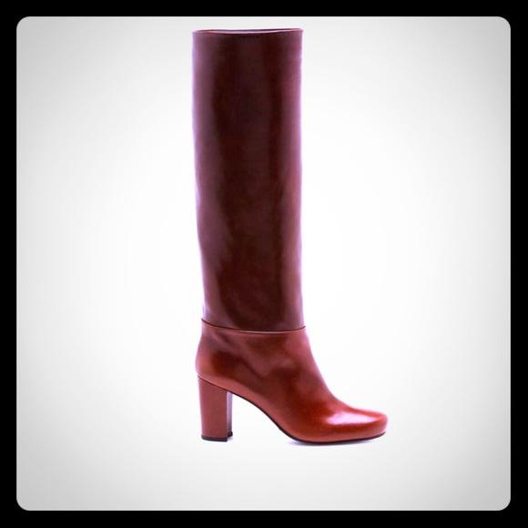 d2dd764bfcb Stuart Weitzman Tall Leather Boots. M 5bfab8e75c445232eadff78c